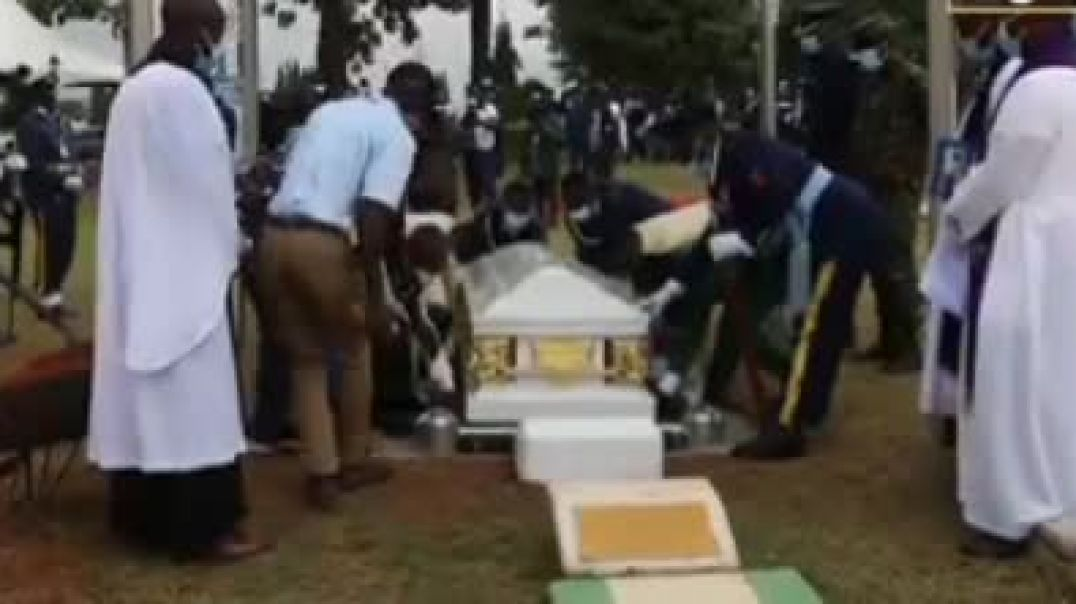 Final Goodbye: Nigeria's First Female Flying Officer, Laid To Rest At Military Cemetery