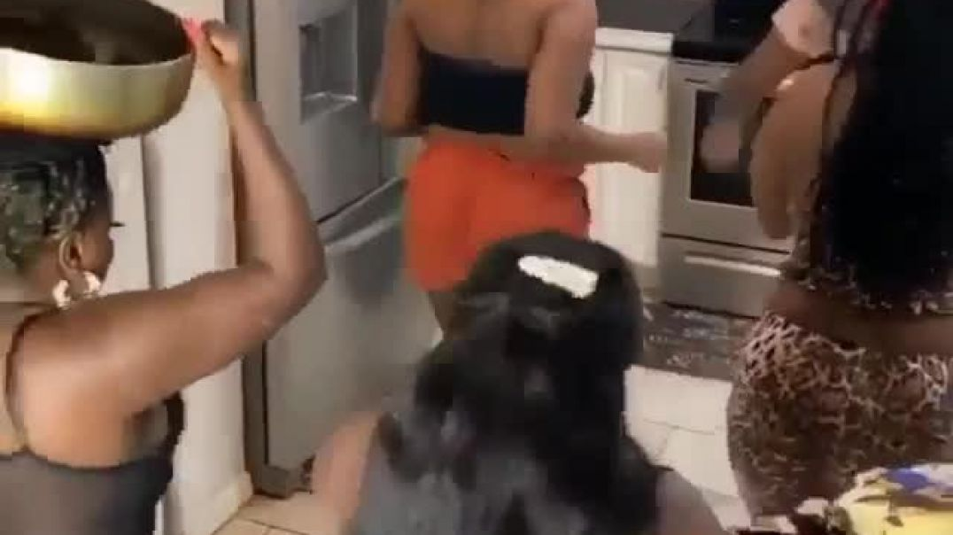 Ladies with Funny Dance Moves