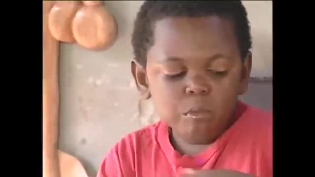 FOOD AND WOMEN ARE THE ONLY THINGS THAT MAKES US HAPPY - PAWPAW - Comedy- Nigerian Comedy Skits
